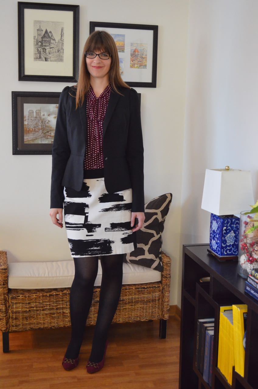 Pattern mixing graphic skirt polka dots