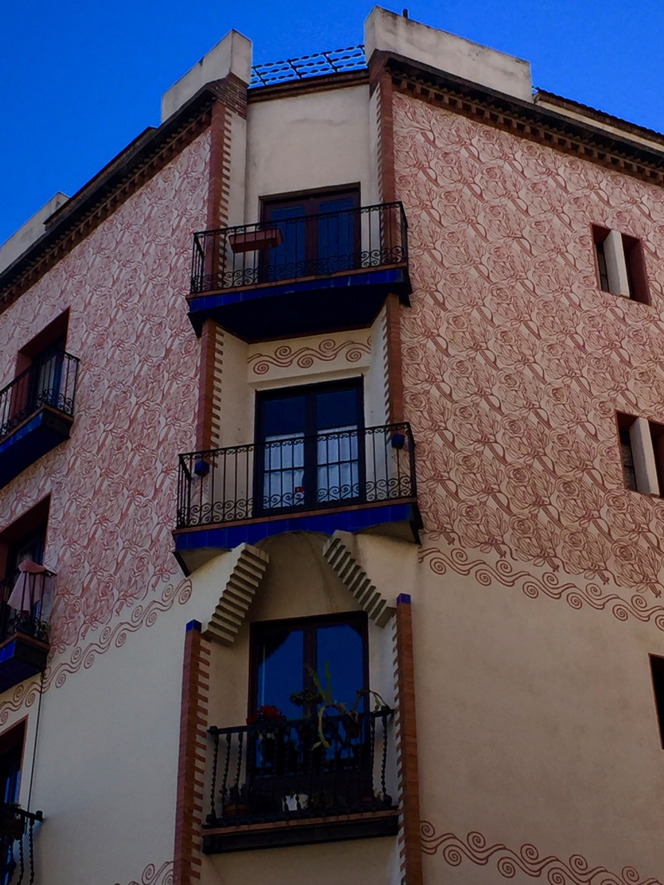 Barcelona blue red building