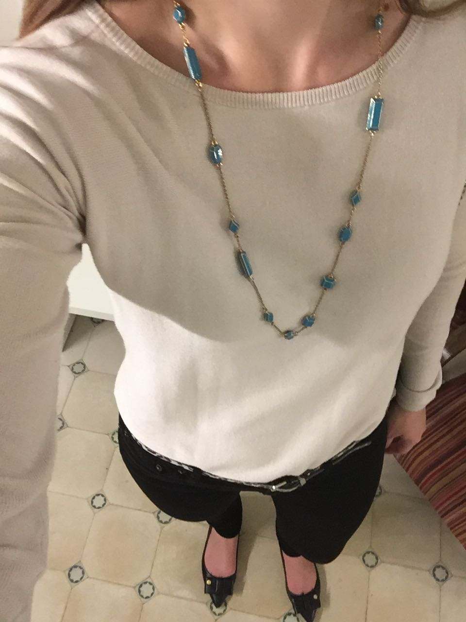 Tall fashion blogger travel diary
