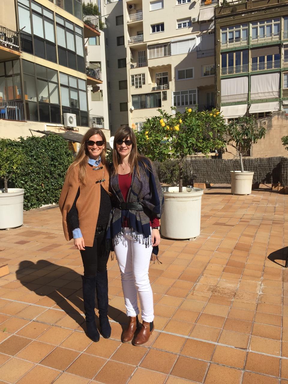 Tall fashion blogger meet-up