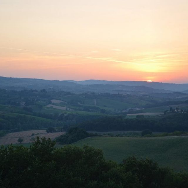 Sunset over Tuscany! Makes me feel relaxed just looking athellip