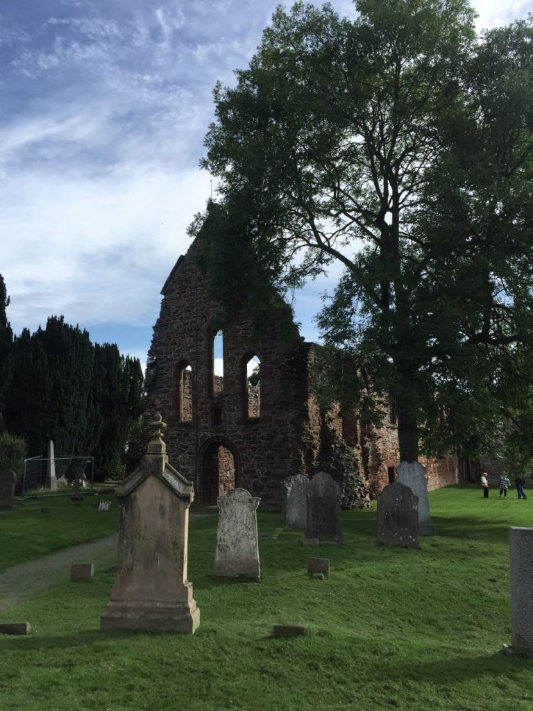 4 Days in the Scottish Highlands - Beauly Priory