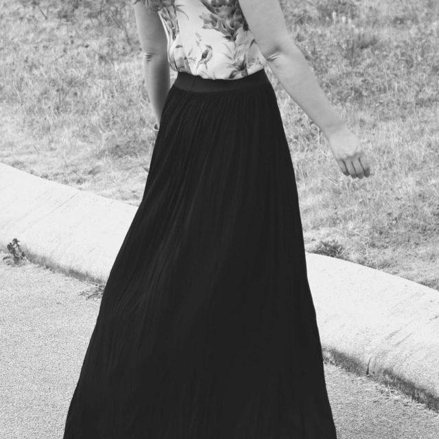 Love how this madeintheusa talltique maxi skirt co floats justhellip