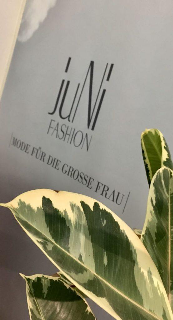JuNi Fashion in Frankfurt - Tall Women's Clothing